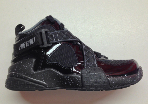 Nike Air Raid GS – Black – Dark Grey