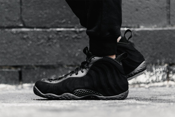 Wholesale Nike Air Foamposite One Triple Black