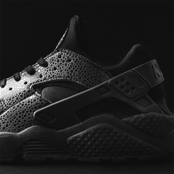 "Wholesale Nike Air Huarache ""Black Safari"""