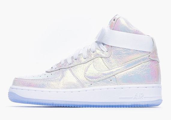 Nike Women's Air Force 1 Iridescent Pearl