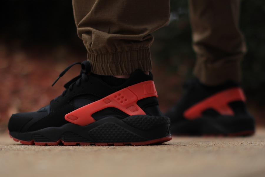 Cheap Nike Air Huarache Love  Hate Outlet