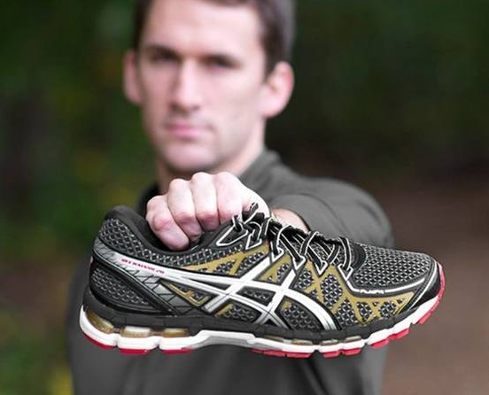 ASICS GEL KAYANO 20