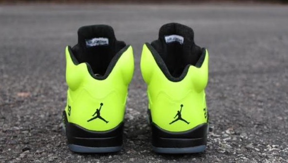Air Jordan 5 Tennis Ball