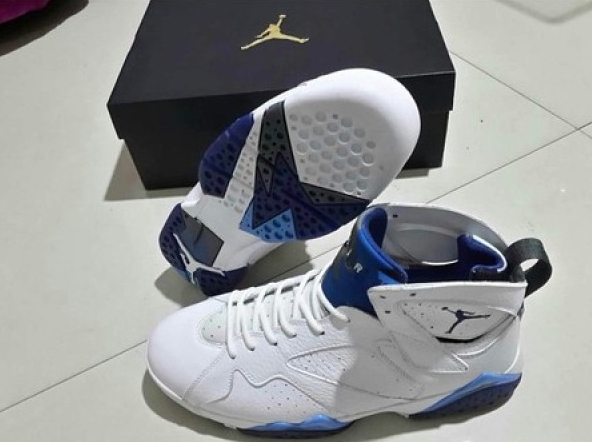 AIR JORDAN 7 REMASTERED FRENCH BLUE
