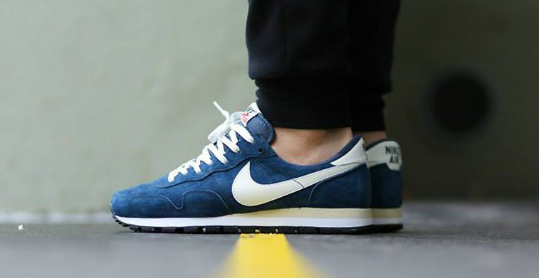 NIKE AIR PEGASUS 83 NAVY BLUE