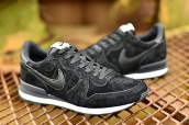 Nike Internationalist Leather Low Black White