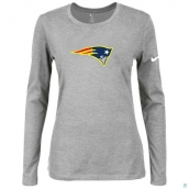 Nike New England Patriots Women's Of The City Long Sleeve TriBlend TShirt L-Grey 2