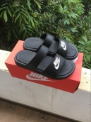 Nike Slipper Mens Black White