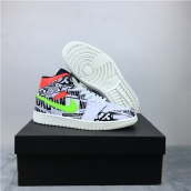 Air Jordan 1 Mid Graffiti